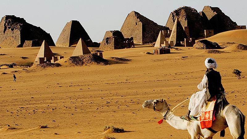 _61905628_sudan_meroe_pyramids_g