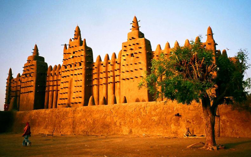 Djenne Mosque 7am TRIM_0