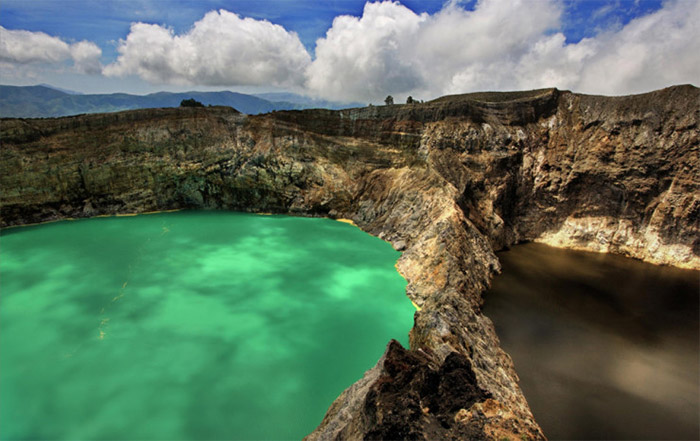 Top-10-Lakes-Kelimutu-740x466