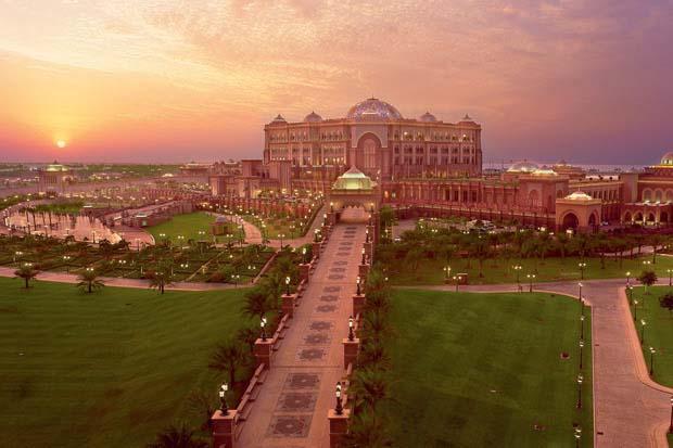 2_Emirates_Palace
