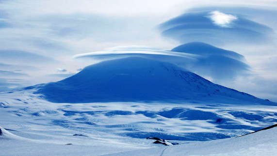 Mount-Erebus-Beautiful-571x322