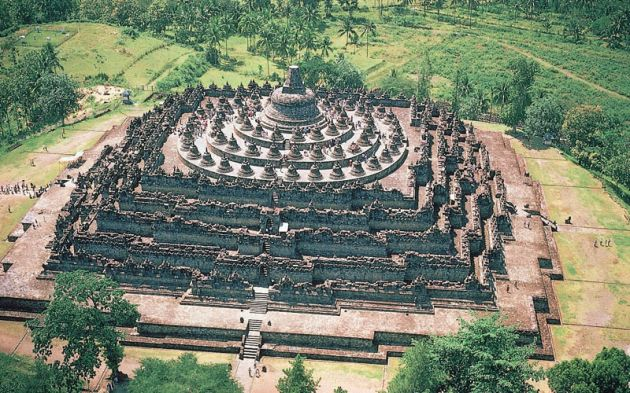 Borobudur_Temple_Indonesia_tourism_jakarta_city_pictures