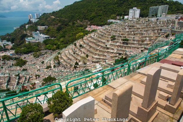 Hong-Kong-Pok-Fu-Lam-Cemetery-01-002