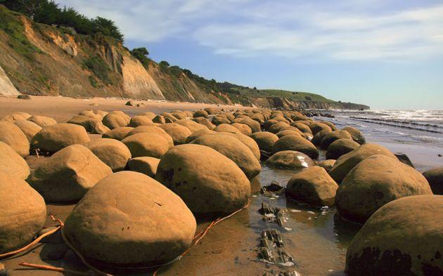 Bawling_balls_beach_3