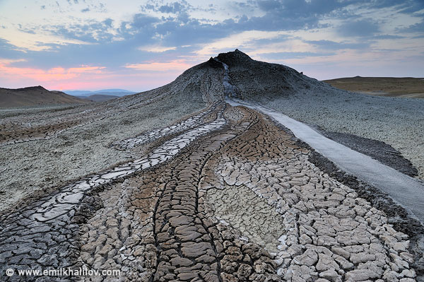 DSC4305_Mud_volcanoes_Gobustan