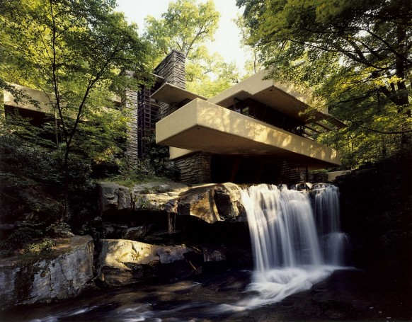House-above-waterfall