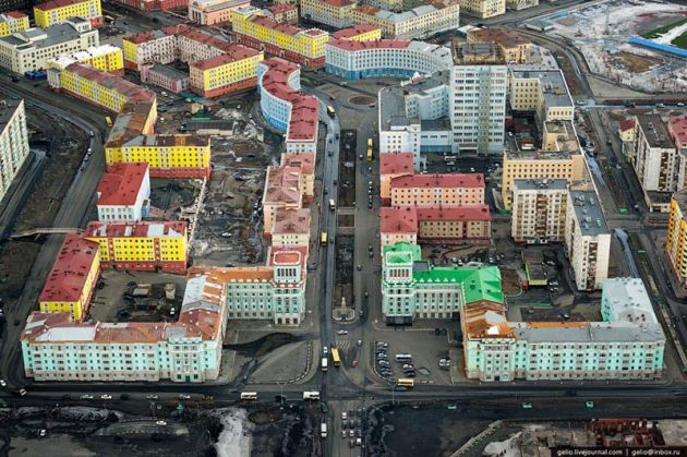 industrial-city-of-norilsk-from-the-helicopter-5