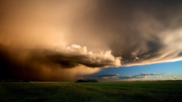 magnificent_storm_clouds-1024x576