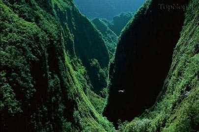 تنگه-ای-زیبا-و-شگفت-انگیز-در-ماداگاسکار-2