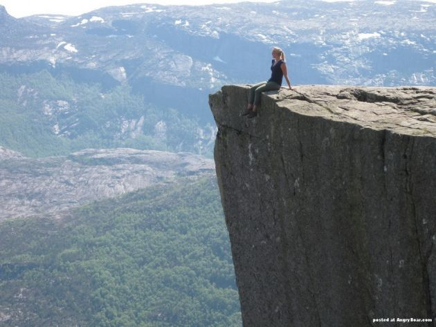 Preikestolen_Pulpit_rock_4