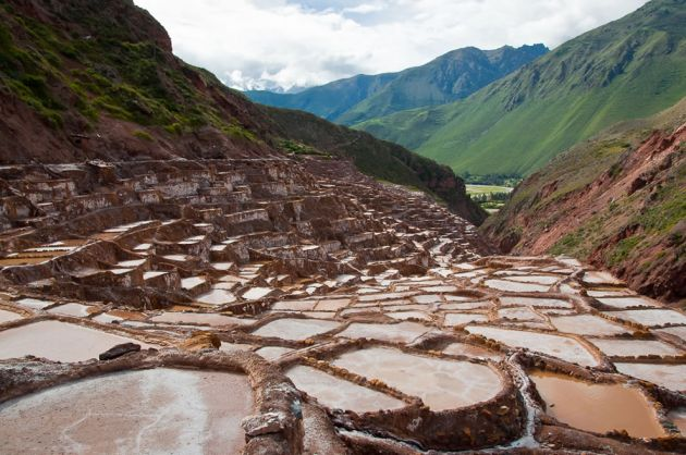 Salt-Beds-Las-Salinas-in-Maras-Peru-March-2011