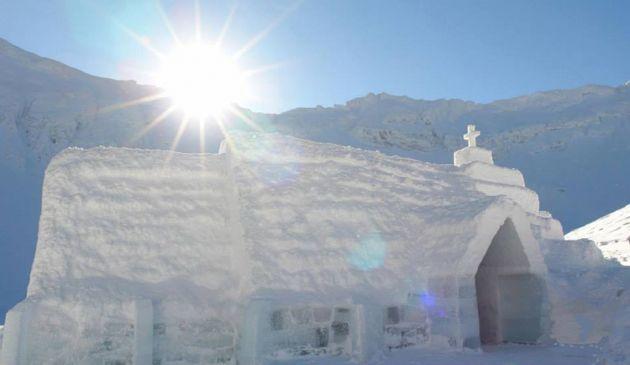 ice-hotel-romania-transylvania3