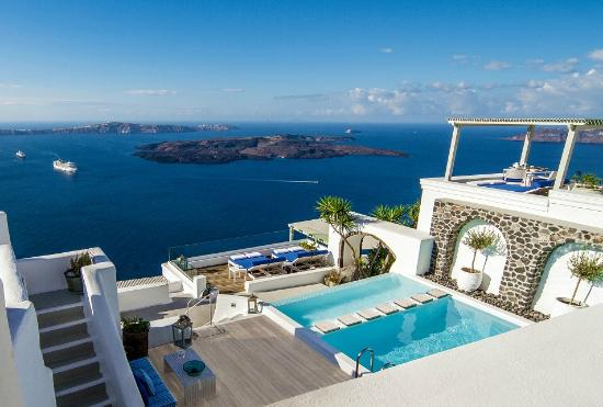 iconic-santorini-a-boutique