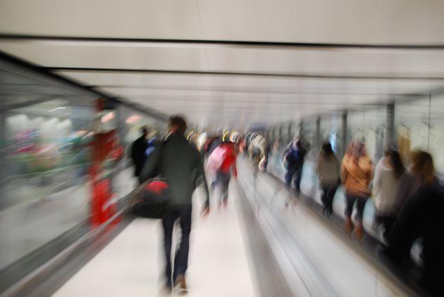 passengers-motion_zkWjLk0u