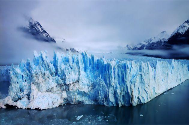 perito_moreno_glacier_by_ananyana-d4wmyzu