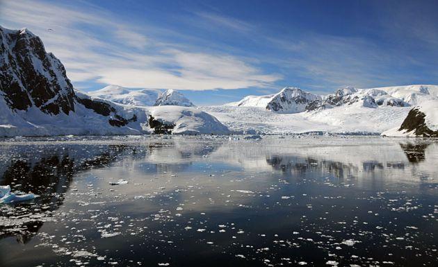 آنتارکتیکا (2)