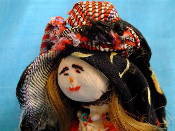عروسک بومی خراسان