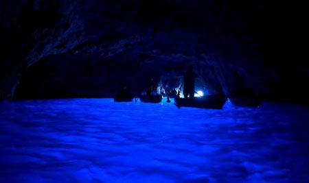 غار آبی2