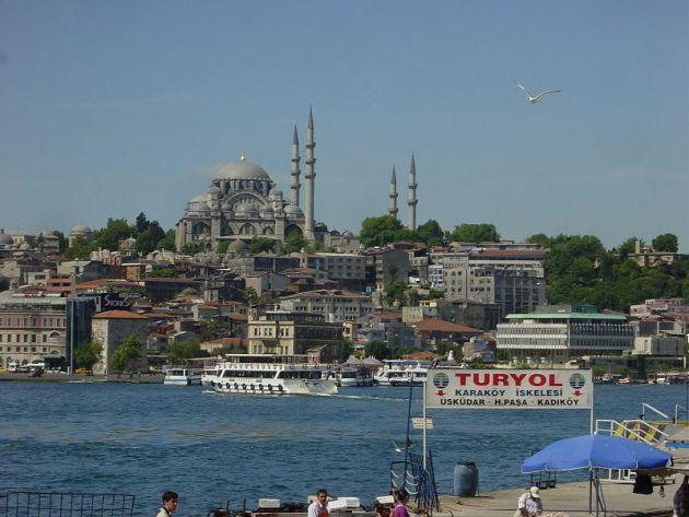 800px-Istanbul_-_Süleymaniye_camii_dal_Corno_d'oro_-_Foto_G._Dall'Orto_28-5-2006