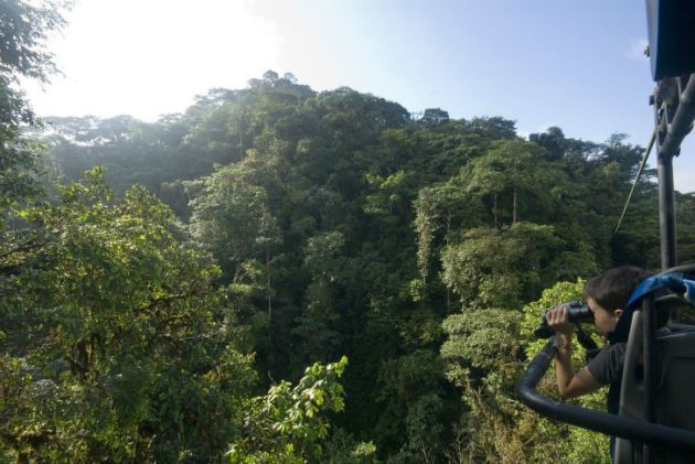 mashpi-jungle-lodge-aerial-bike2