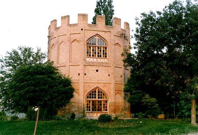 برج خلعت پوشان (1)