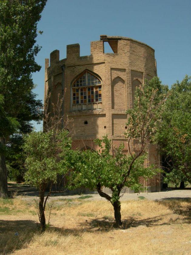 برج خلعت پوشان (3)