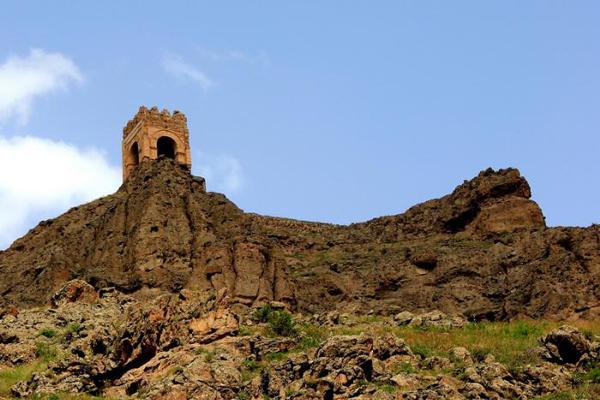 قلعه ضحاک (2)