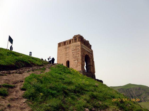 قلعه ضحاک (4)