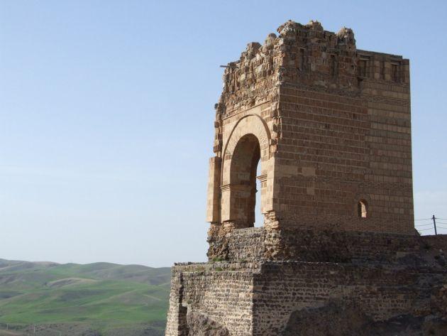 قلعه ضحاک (6)