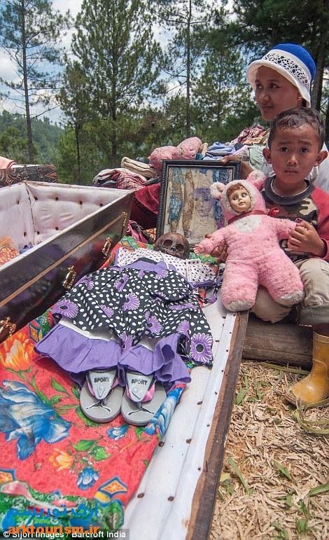 آرایش مردگان اندونزی (5)