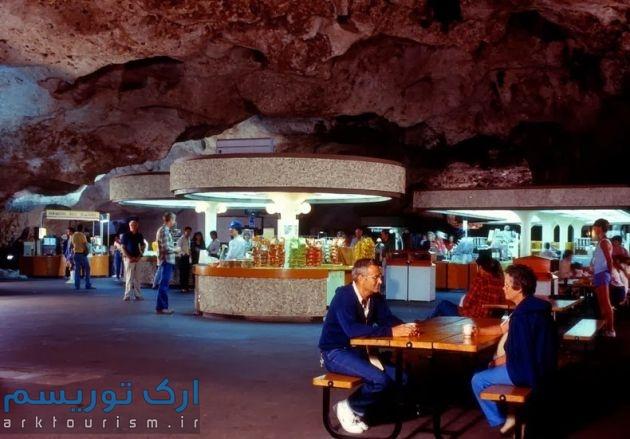 underground-lunchroom-1[2]