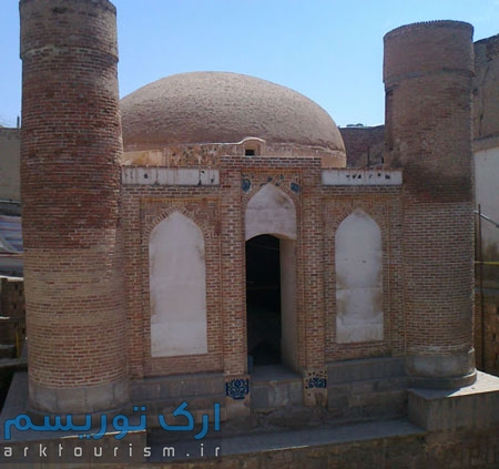 نمایی از مسجد چهار منار