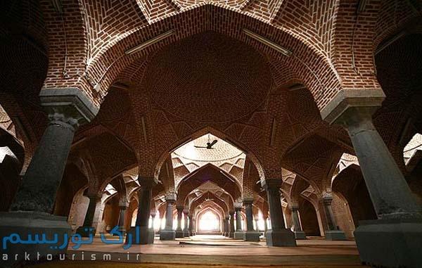 نمایی از مسجد جامع تبریز