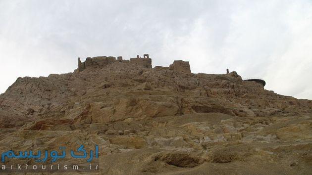 Zoroastrian_fire_temple_Atashgah_Isfahan_(2)