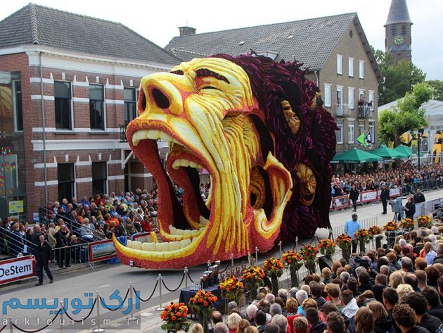 van gogh flower parade floats (12)