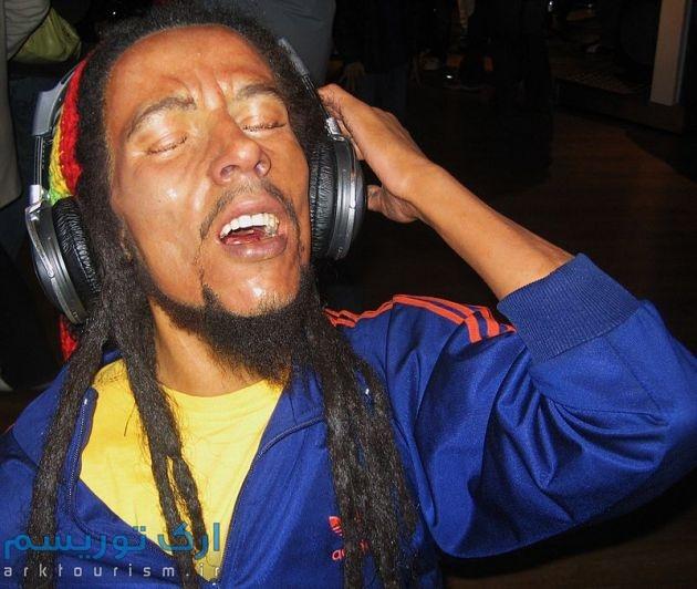 800px-Bob_Marley_at_Madame_Tussauds