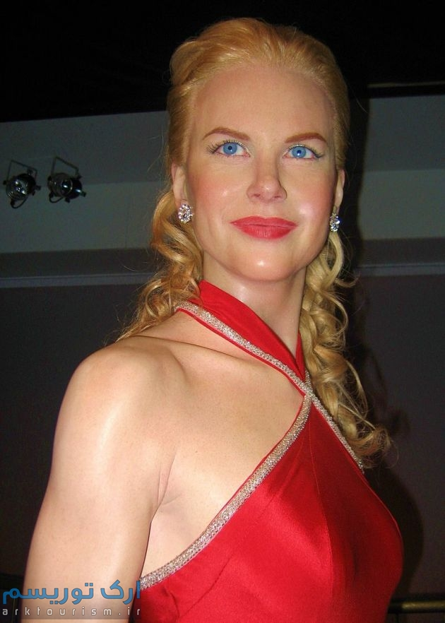 800px-Nicole_Kidman_at_Madame_Tussauds