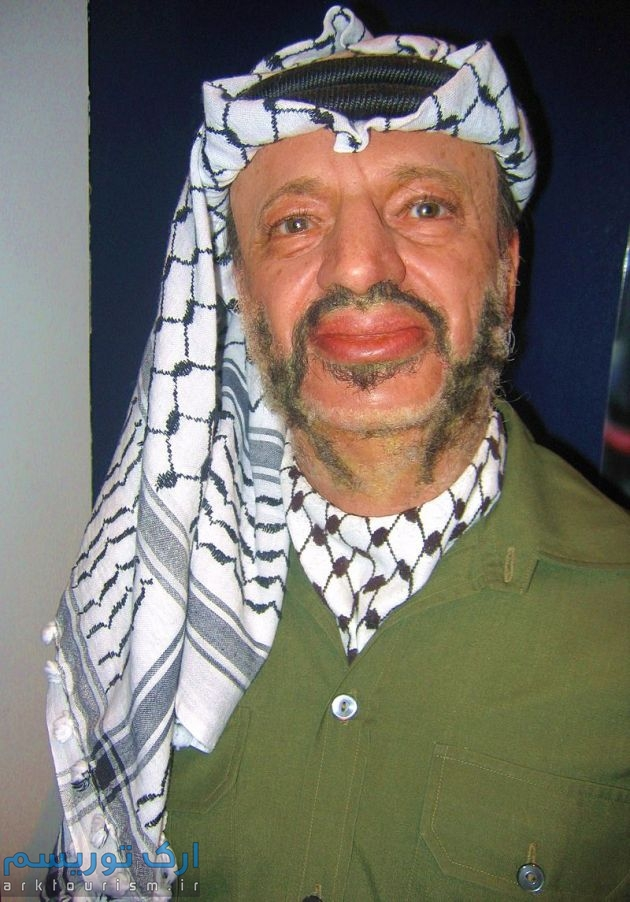 800px-Yasser_Arafat_at_Madame_Tussauds