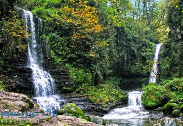 آبشارزمرد (1)