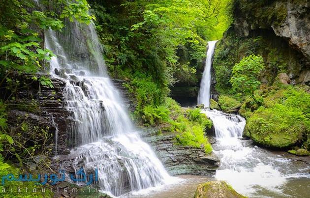 آبشارزمرد (2)