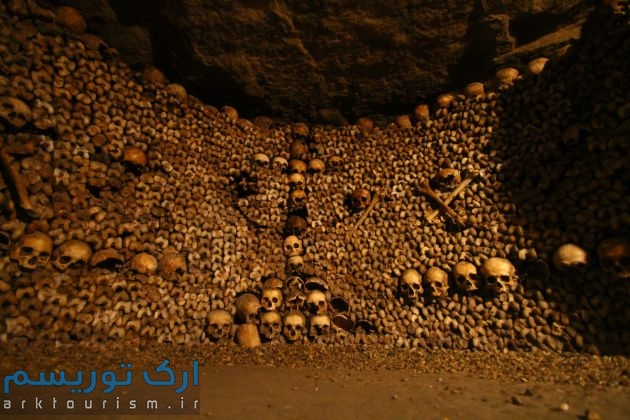 Paris Catacombs (2)
