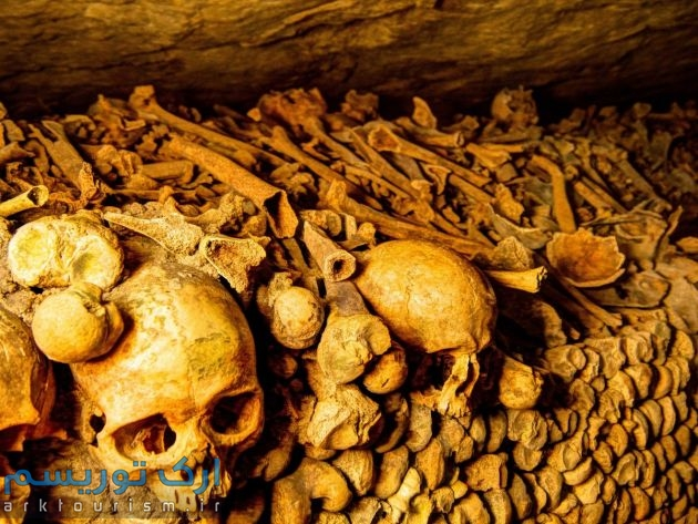 Paris Catacombs (5)